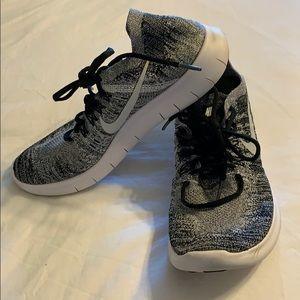 Nike air free knit